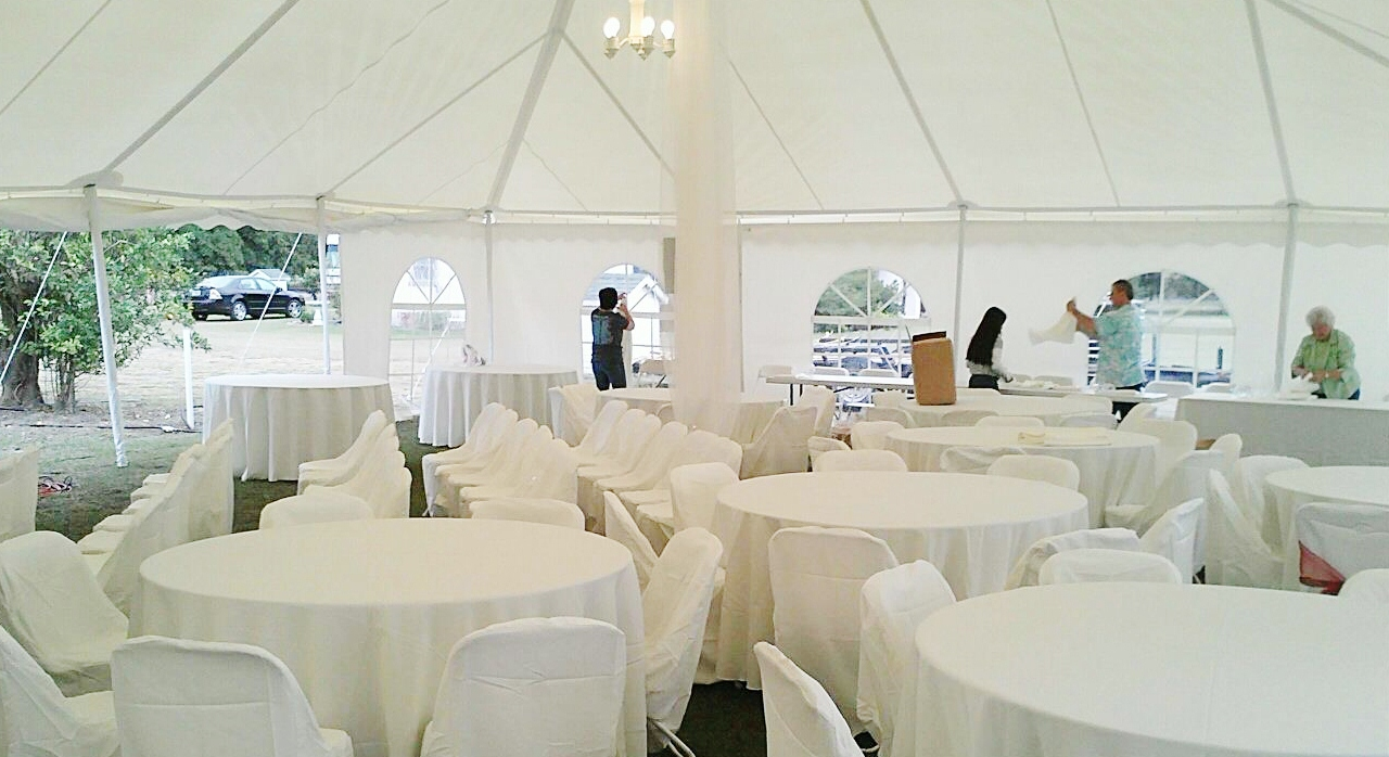 40X80-White-wedding-tent-inside1